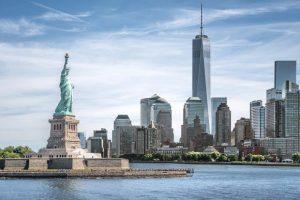 نیویارک 100 روز بعد کھل گیا