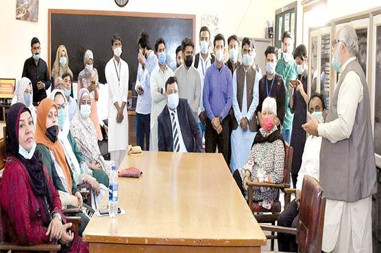 وائس چانسلر جامعہ کراچی نے شعبہ سماجی بہبود میں ڈیجیٹل لائبریری کاافتتاح کر دیا
